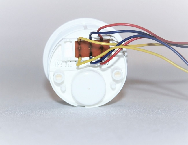 Volvo Penta White Plug Style Trim Gauge 3812910